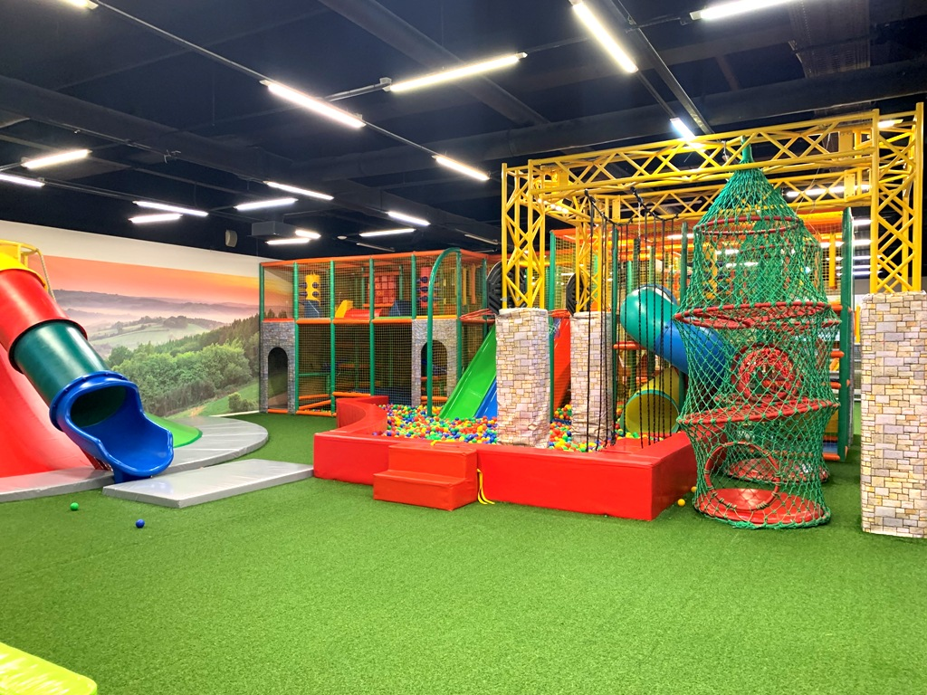 Детский Развлекательный Центр и кафе в крупном ТРЦ