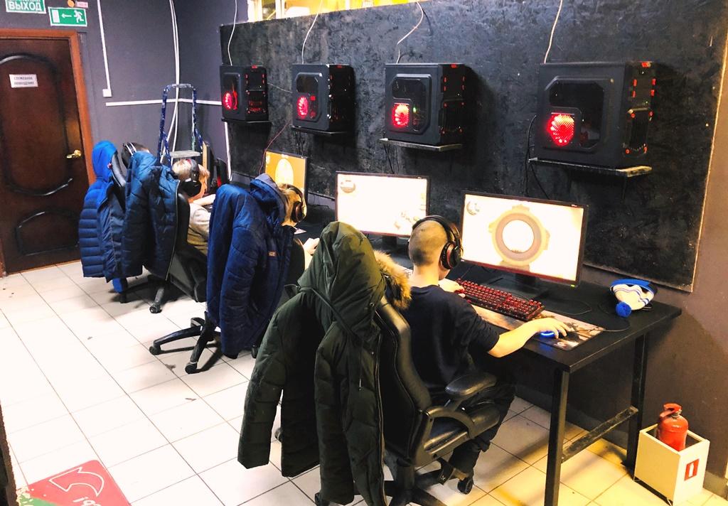 Компьютерный клуб с новым оборудованием на 1.5 млн