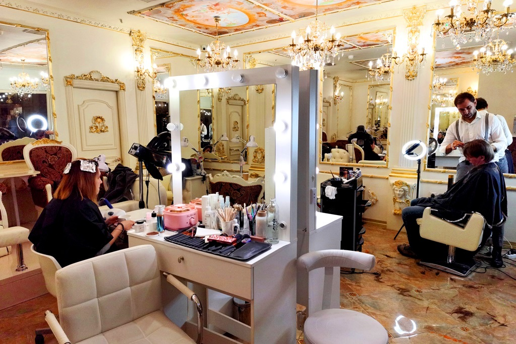 Шикарный салон красоты у ГУМ. Прибыль 200.000 руб.