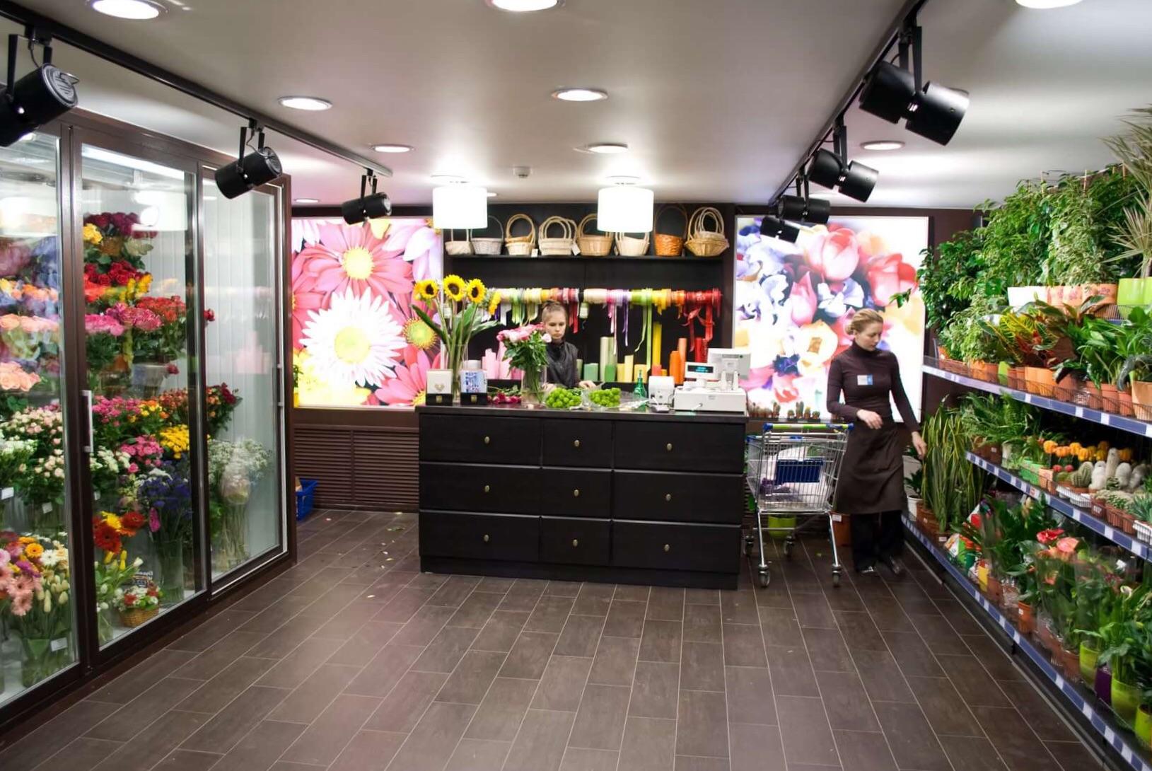 Цветочный магазин  в бизнес центре класса В+