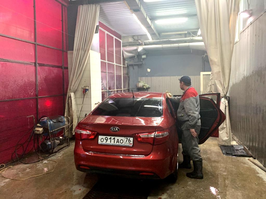Автомойка - кафе прибыль 1 400 000 рублей в месяц.