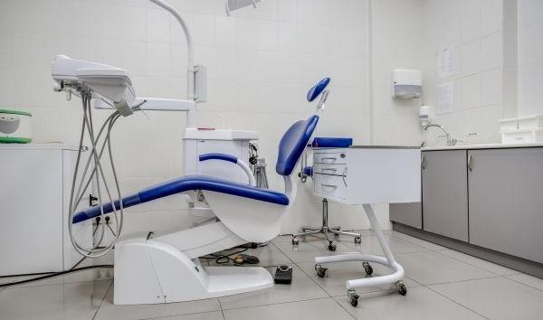 Стоматология с низкой арендой в БЦ