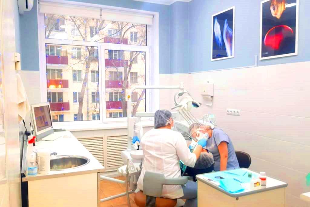 Стоматология с 3 установками. Прибыль 350.000 руб