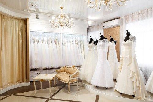 Свадебный сервис в модном салоне